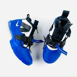 Nike Air Force 270 with strap and zipper